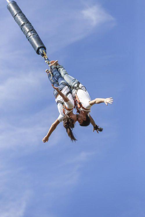 Salto en pareja